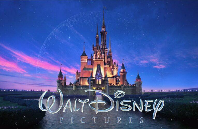 """Disney se suma al boicot y reduce """"drásticamente"""" su publicidad en Facebook"""