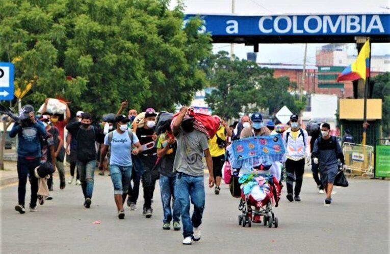 El Covid ha obligado a volver a más de 50 mil venezolanos