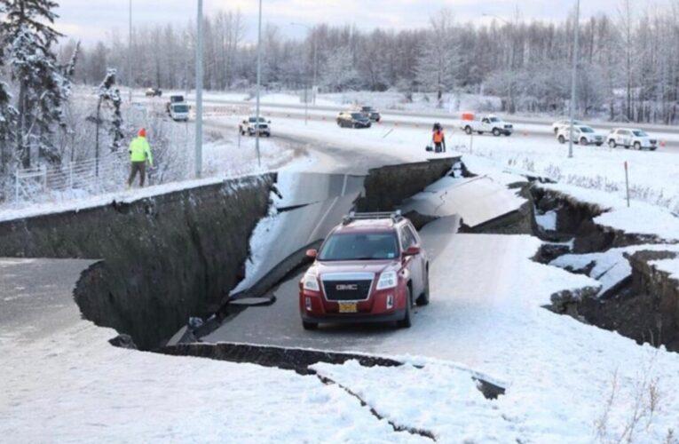 Terremoto de 7.8 grados sacudió Alaska