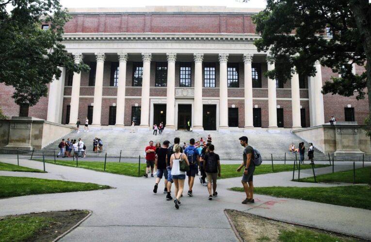 Estados Unidos abandona su plan de deportar estudiantes universitarios extranjeros
