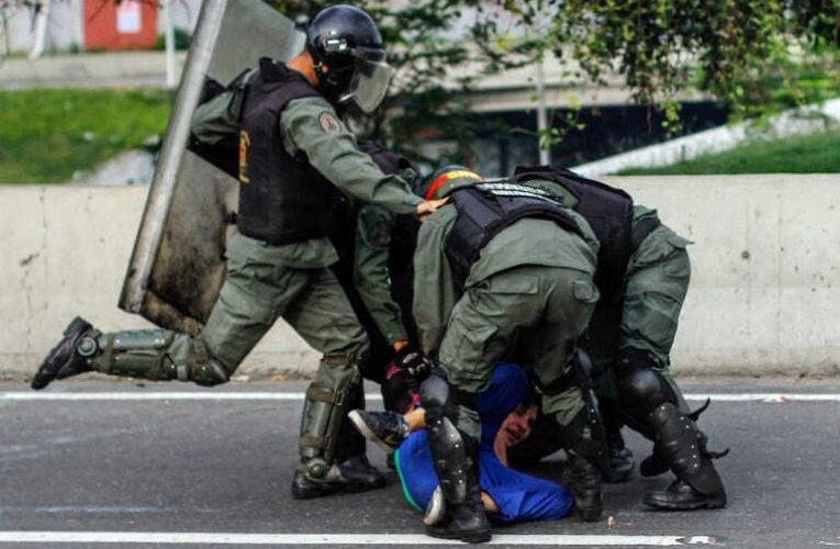 Lacalle Pou: En Venezuela violan los DDHH, hay torturas y cárcel sin juicio