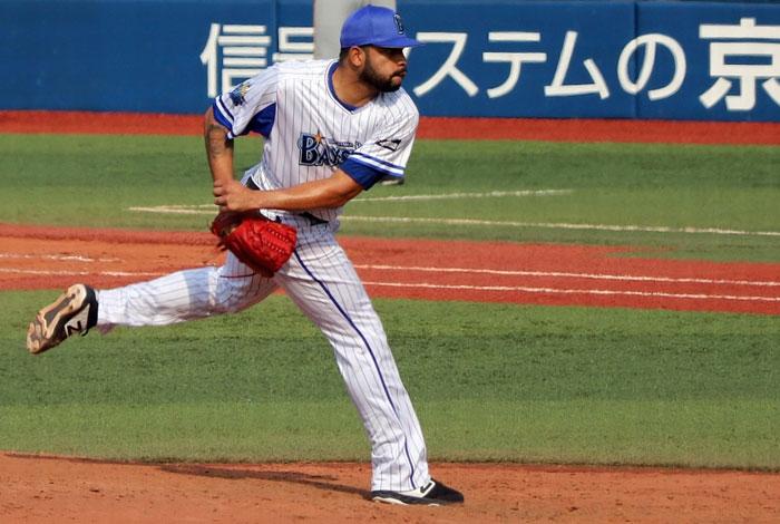Edwin Escobar sigue bajando su efectividad en Japón
