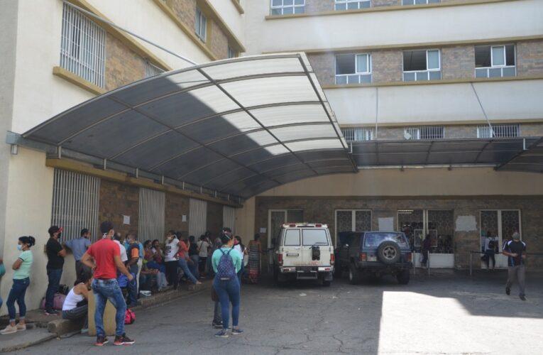Sin equipos de bioseguridad y pasando hambre están las enfermeras del Seguro