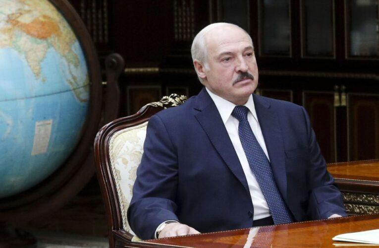 Lukashenko dispuesto a compartir el poder y modificar Constitución