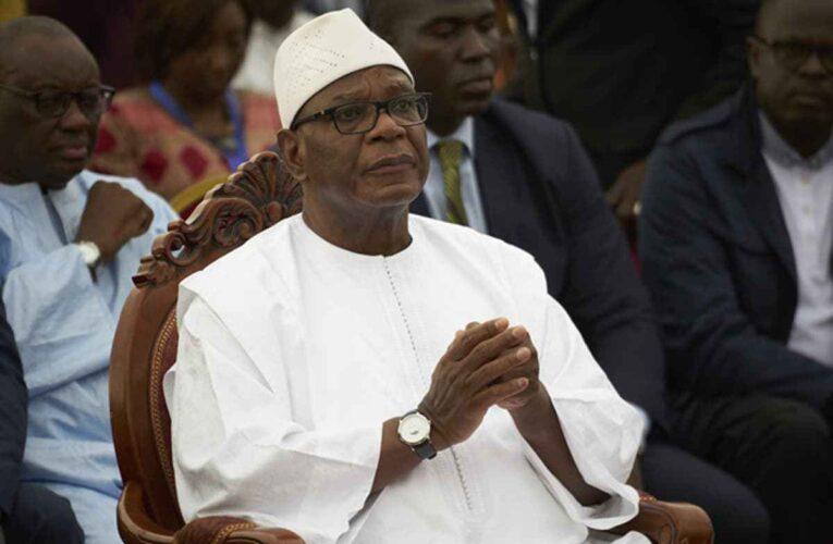 Dimite presidente de Mali y golpistas anuncian «transición civil»