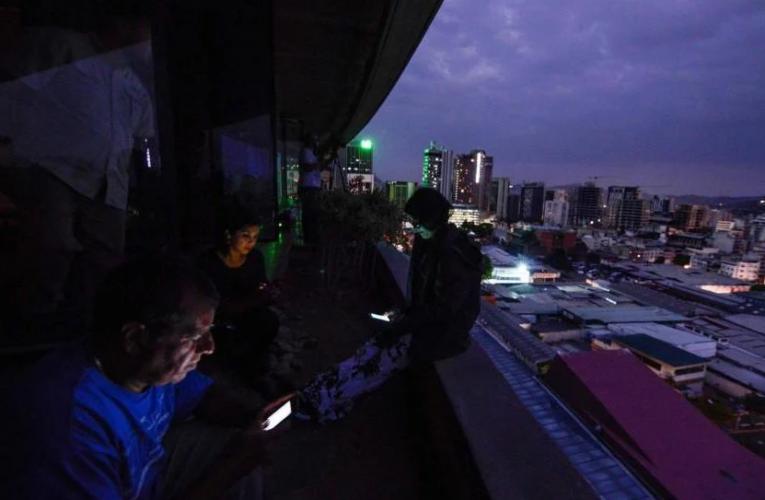 Bajón de luz afectó la Gran Caracas y otros estados