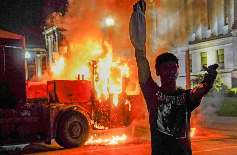 Biden responsabilizó a Trump por la violencia en las protestas