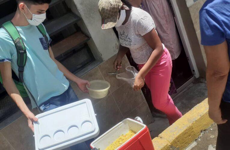 Centro Cristiano para la Familia lleva alimentos a 250 vecinos