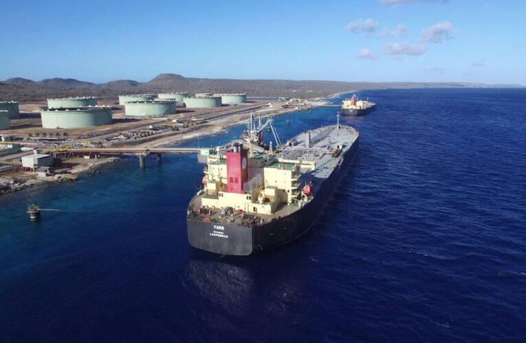 Bonaire ordena a Pdvsa vaciar tanques en terminal petrolera
