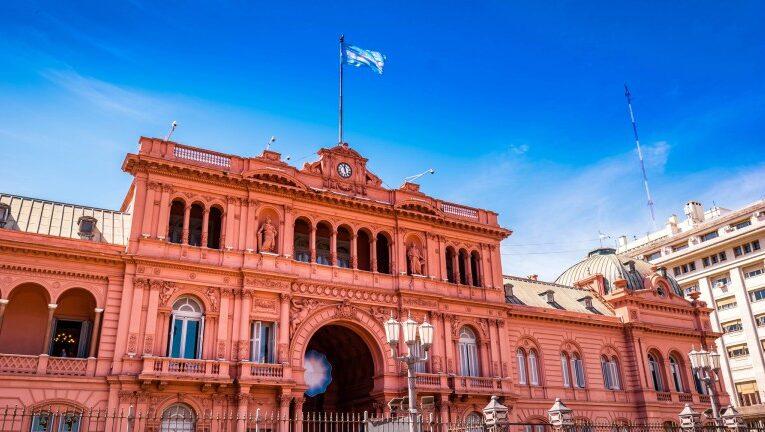 Argentina y FMI comenzarán a negociar nuevo programa crediticio