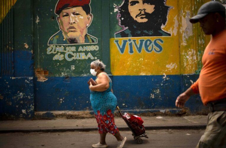 Cuba prueba tratamiento vía rectal contra el Covid