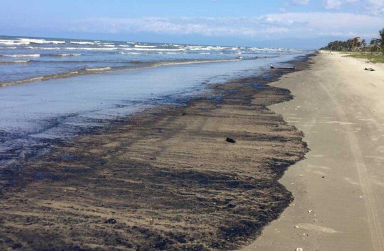Alertan que derrames de petróleo pueden afectar aguas de uso doméstico