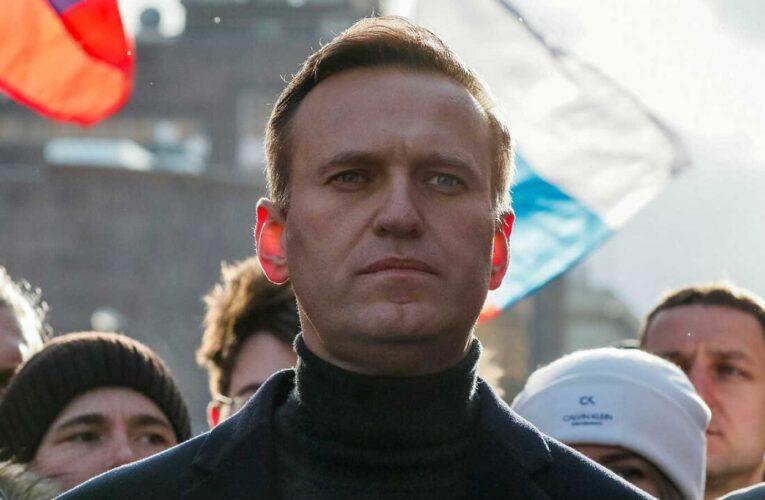 Médicos rusos dicen que no hay veneno en Navalny y bloquean su traslado a Alemania