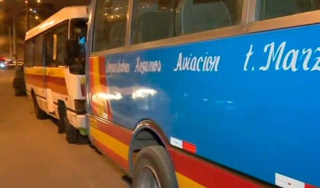 Muere niña venezolana al caer de autobús en Perú