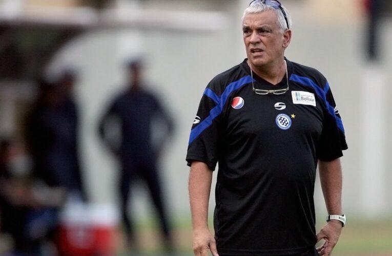 Richard Páez solicita a la FIFA intervenir la FVF