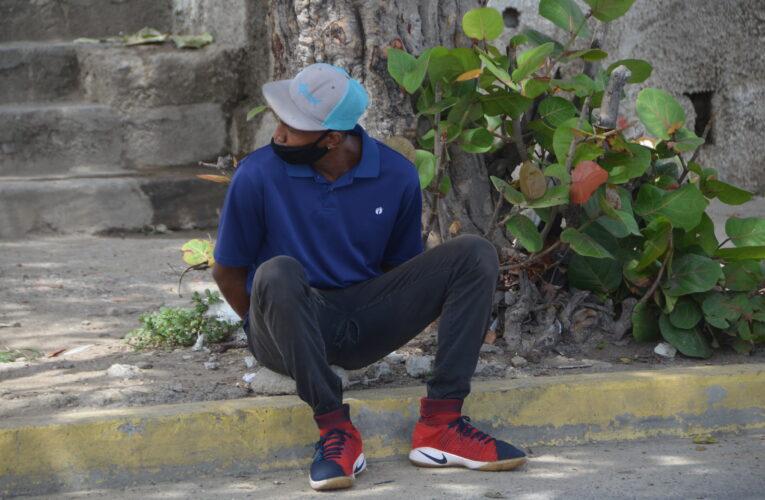 Solicitado viajaba en bus y lo atraparon en la alcabala de Punta de Mulatos