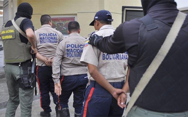 Cuatro PNB detenidos por extorsión y secuestro