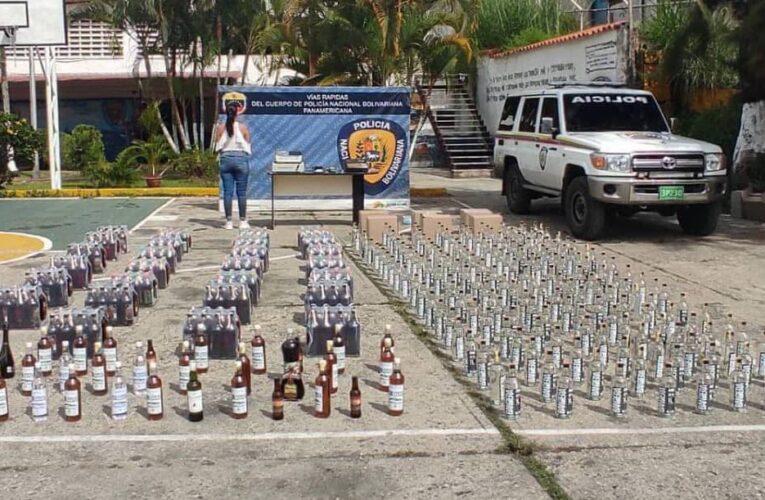 Detenida con 660 botellas de licor