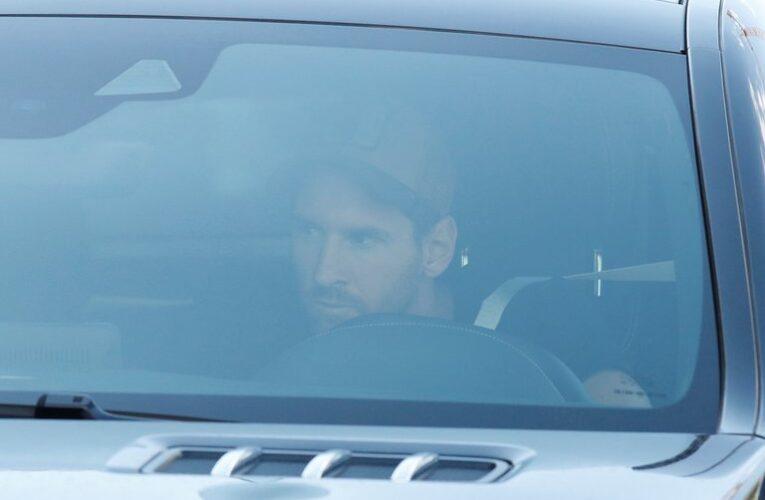 Messi acude a su primer entrenamiento después del conflicto