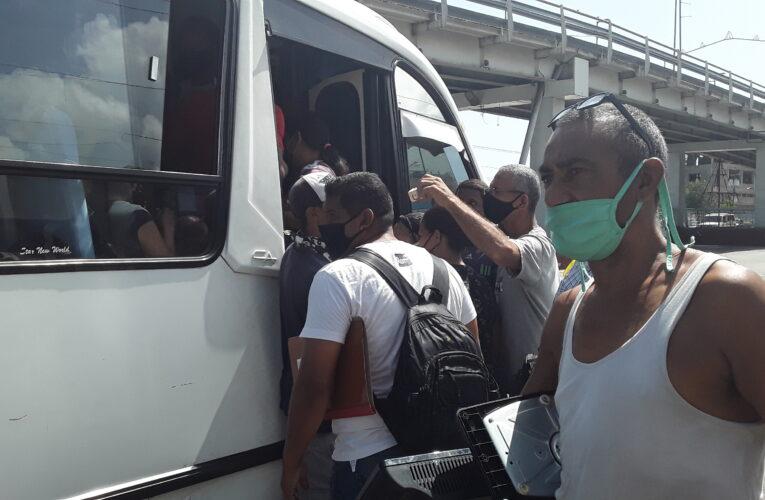 """""""Hasta por dos litros de aceite hay autobuses varados"""""""