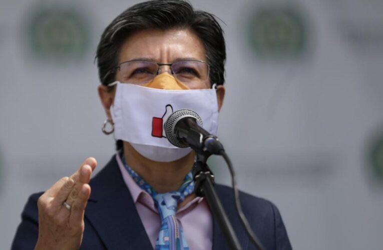 Bogotá levanta restricciones sin descartar rebrote