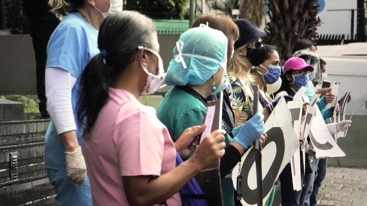 Enfermeras piden aumento para poder comer