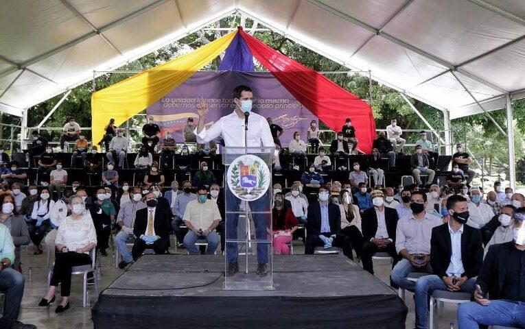 Guaidó presentó pacto unitario nacional