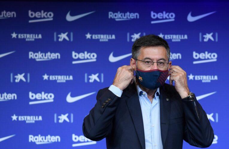 Socios del Barcelona podrían destituir al presidente