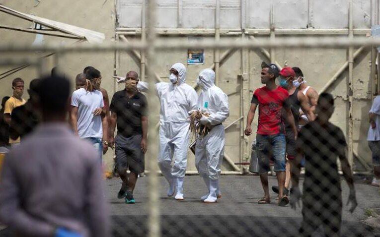 Más de 100 presos tienen Covid