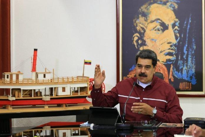 """Maduro ordenó crear un """"comando secreto"""" para proteger Miraflores"""