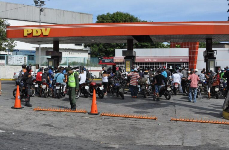 Llegó combustible a la estación del Puerto