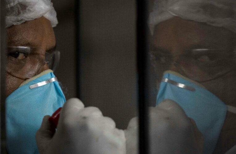 Colegio de Enfermeras: Solo en Caracas tenemos 300 trabajadores contagiados