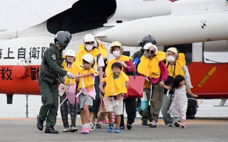 Más de 2 millones de evacuados en Japón por tifón Haishen