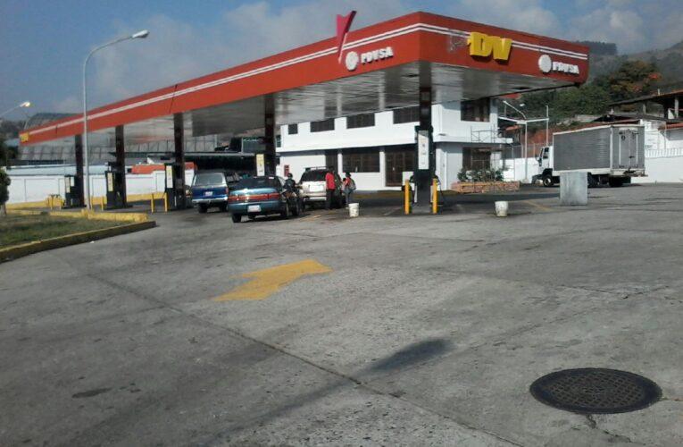 Solo sectores prioritarios podrán surtir combustible en Mérida