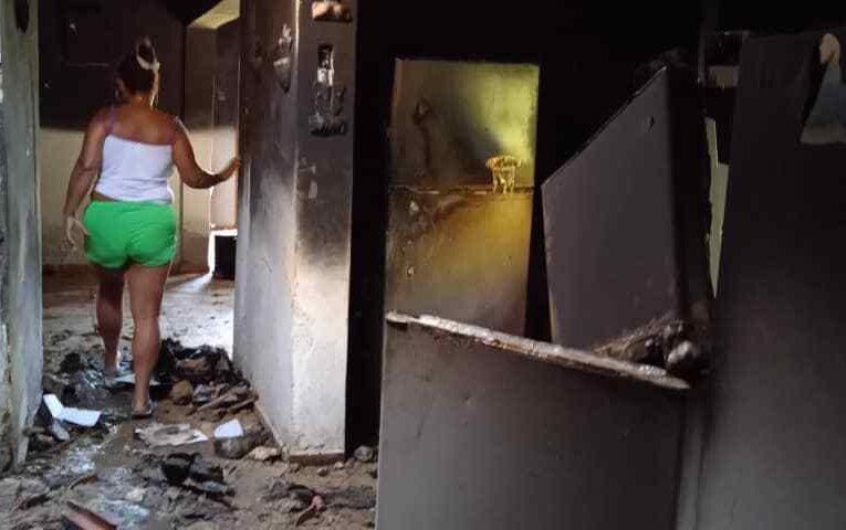 Bajón de luz causó incendio en El Guarataro