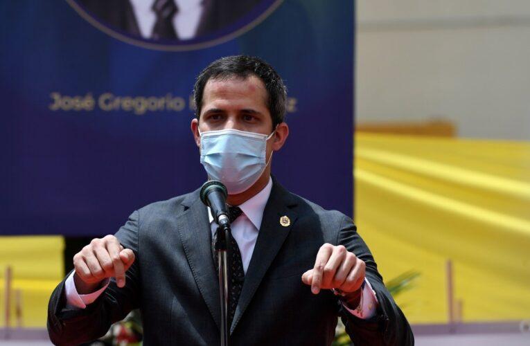 Guaidó llamó a protestar de manera cívica y pacífica