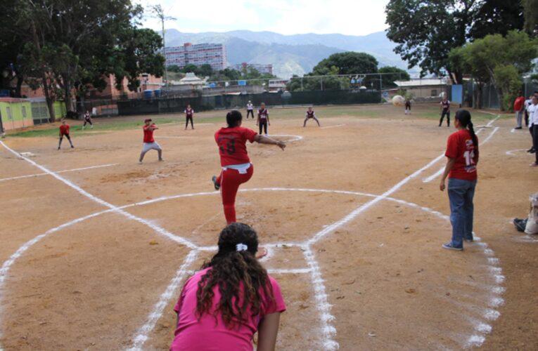 Kickingball guaireño trabaja en creación de su asociación