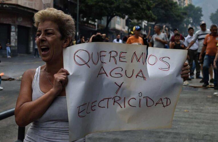 Van 214 detenidos y 4 fallecidos en protestas
