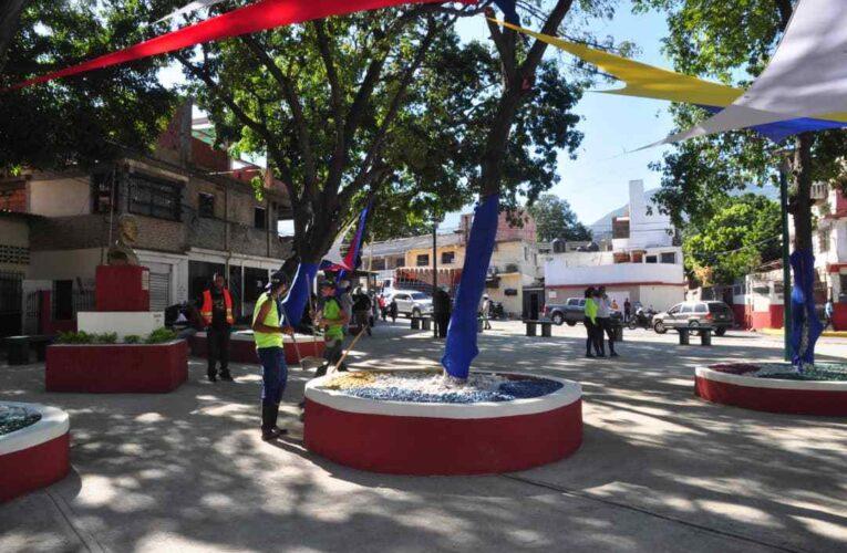 Reinauguran la plaza Páez en Catia la Mar