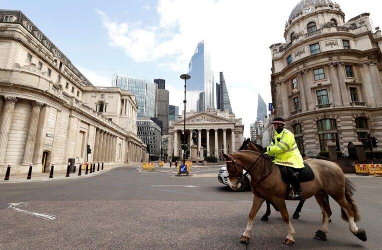 Prevén aumento del desempleo en Reino Unido por la pandemia