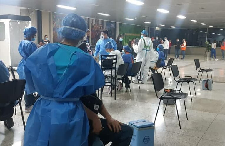 Esperan por resultados de la PCR 200 repatriados
