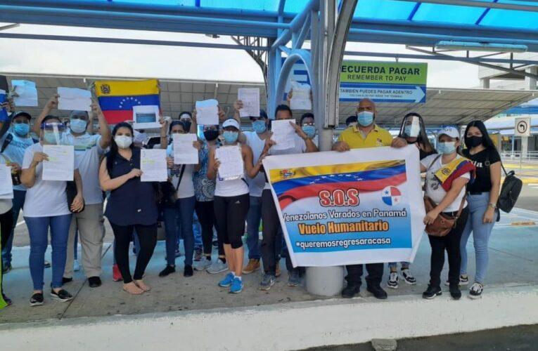 300 venezolanos regresan este sábado de Panamá