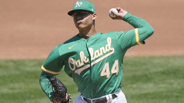 Luzardo abrirá el primer juego de Oakland