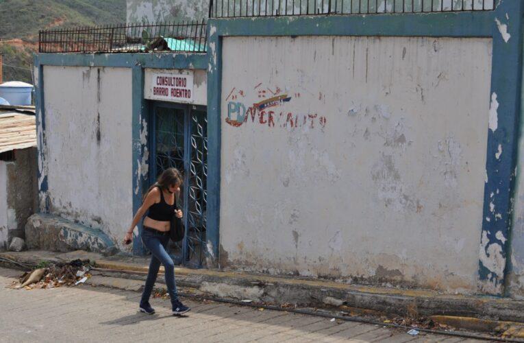 Deteriorado se encuentra el consultorio de Las Piedras