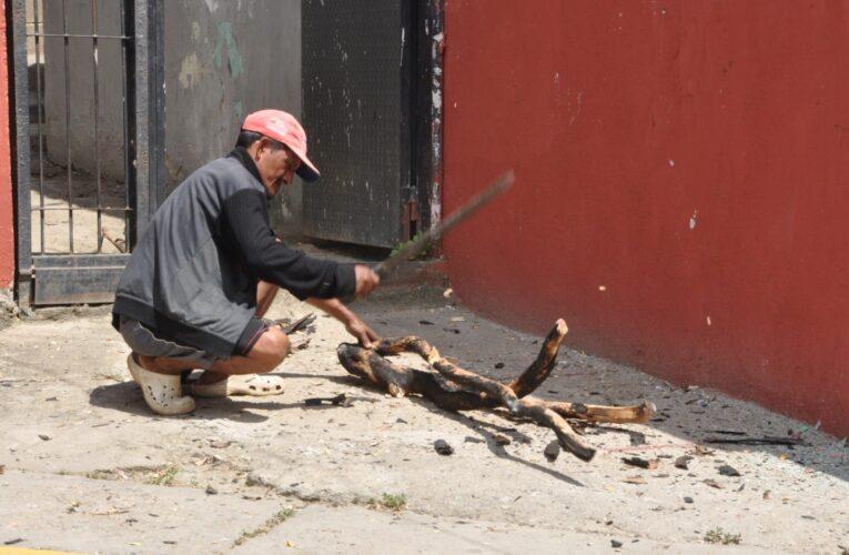 Cocinan con leña en Mirabal y ponen en riesgo su salud