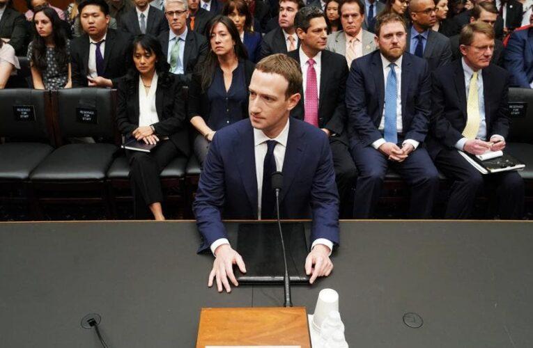 Senado de EEUU cita a jefes de Facebook y Twitter