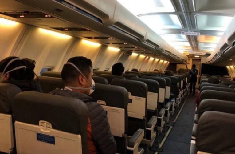 Discuten reactivación de vuelos para noviembre