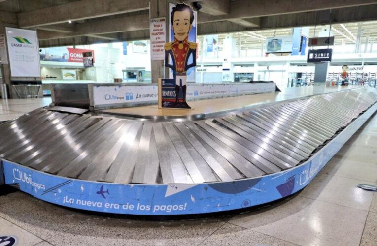 Extienden un mes más restricción de vuelos