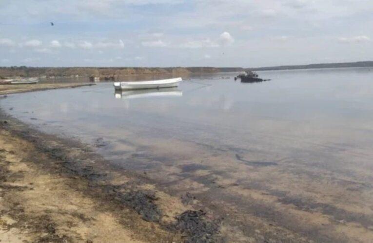Denuncian derrame petrolero en Amuay