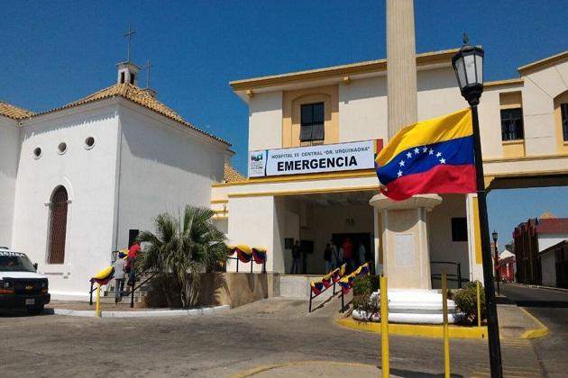 Parió en las escaleras del Hospital Central de Maracaibo